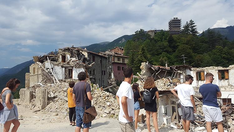 Terremoto_anniversario_750